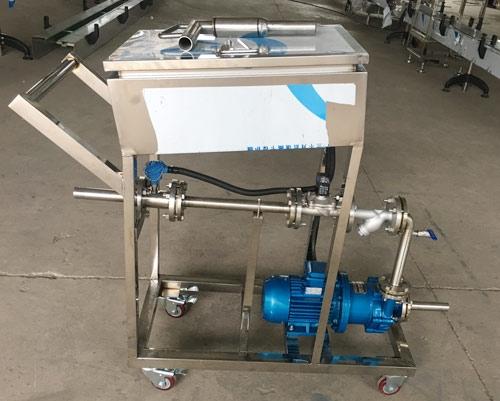 双氧水灌装25公斤中包装