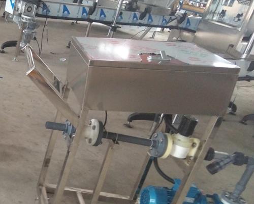 98硫酸灌装25公斤中包装