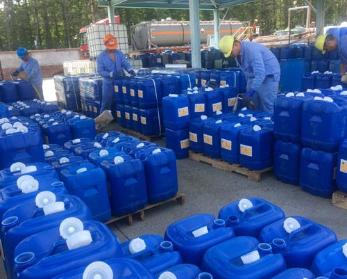 双氧水灌装25公斤桶